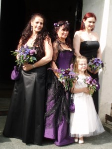 1.8.09. black & purple bouquets