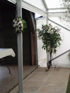 1.8.2009. hanging arrangement & large arrangement